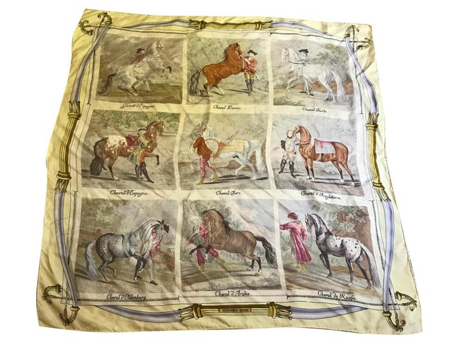 Hermès horses Silk scarves Silk Beige ref.154446
