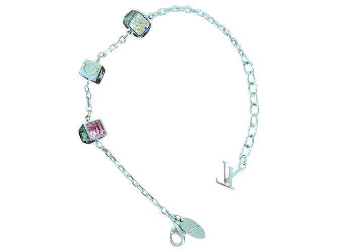 Bracelets Louis Vuitton Bracelet Vuitton Acier Argenté ref.154510