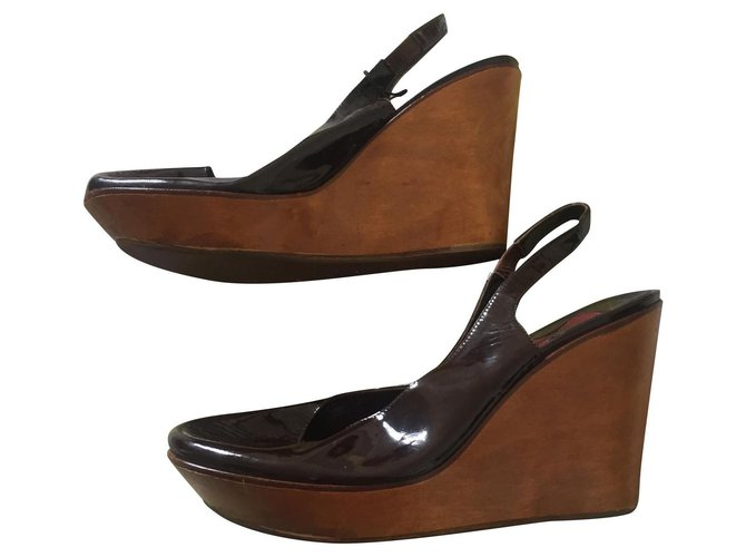 Chloé Chloé shoes Wedge mules Patent leather Dark brown ref.154575