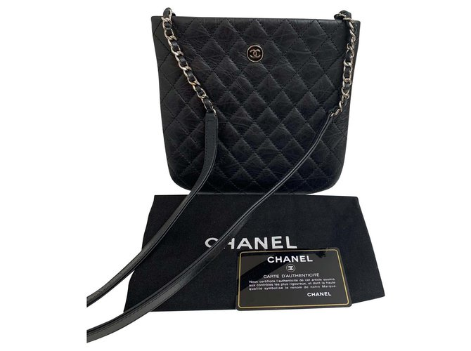 Chanel Uniform Handbags Leather Black ref.155937