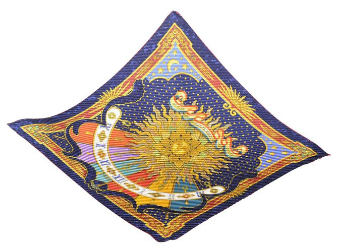 Hermès Hermès scarf Silk scarves Silk Red ref.156002