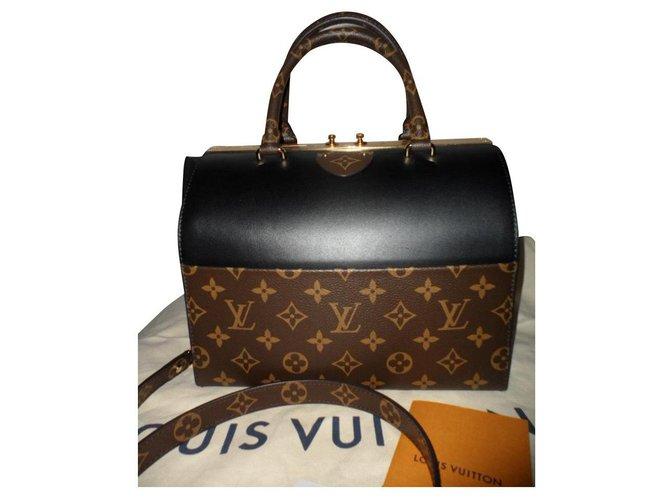 Louis Vuitton Speedy doctor Handbags Leather Black ref.156045