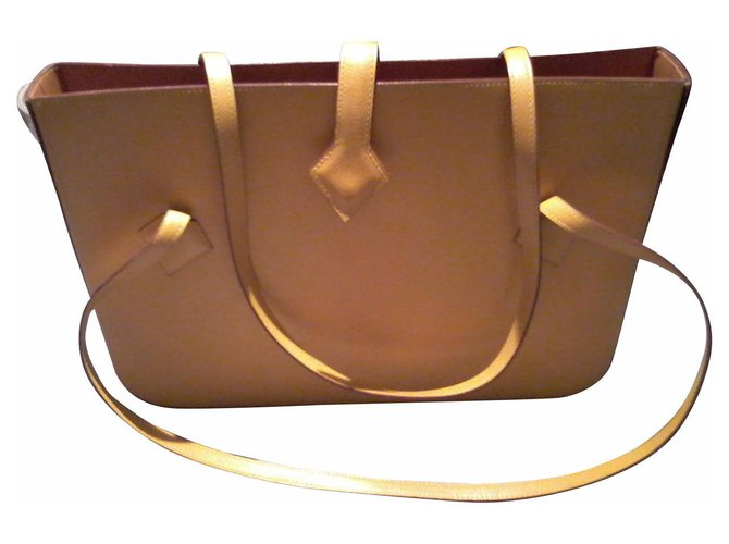 Hermès Handbags Handbags Leather Yellow ref.157589