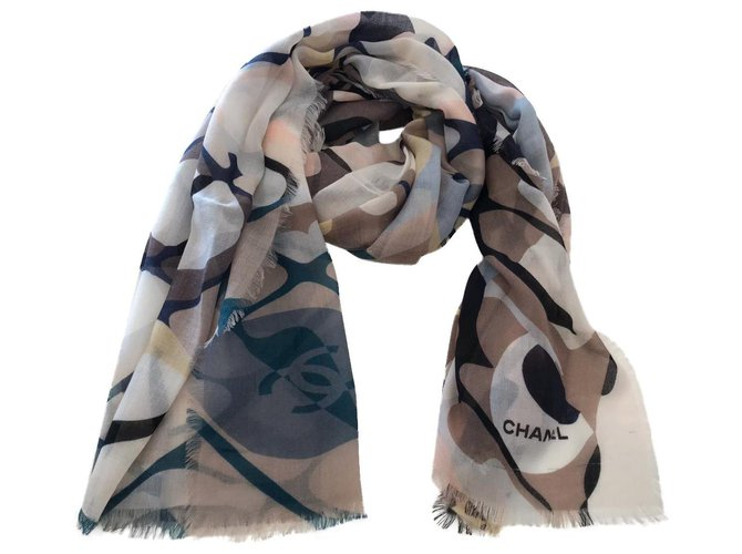 Chanel Chanel stole Scarves Cashmere Multiple colors ref.158303