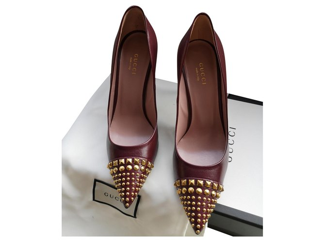 Gucci Décolleté with studs Heels Leather Dark red ref.159152