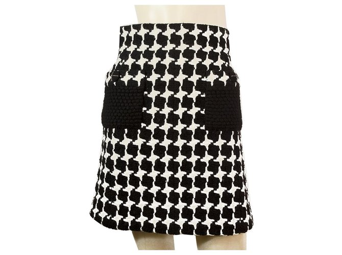 Chanel Chanel Black & White Wool blend 07A collection knee length skirt size 36 Skirts Wool,Mohair Black,White ref.159630