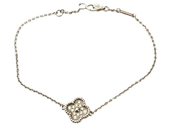 Bracelets Van Cleef & Arpels Bracelet alhambra de Van Cleef & Arpels Or blanc Argenté,Doré ref.159716