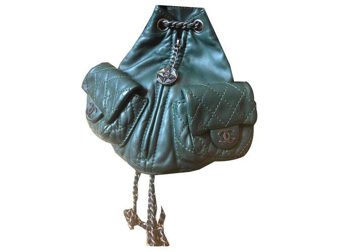 Chanel Backpacks Backpacks Leather Dark green ref.159876