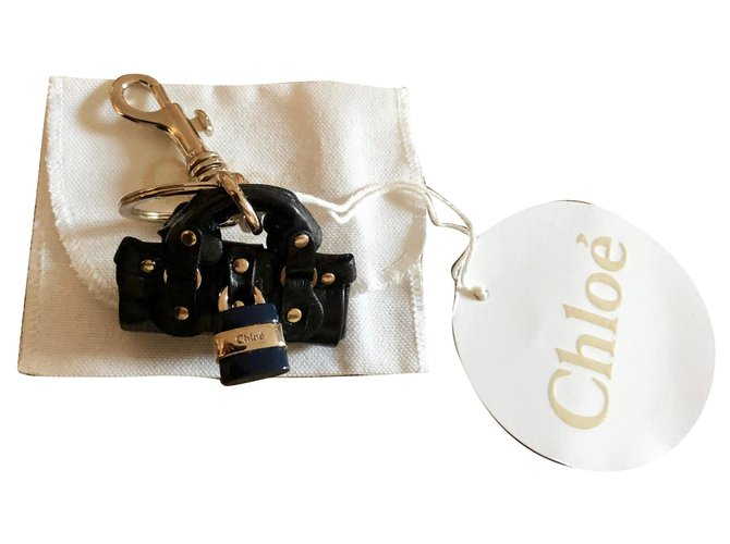 Chloé jewel bag or keychain CHLOÉ Bag charms Leather,Metal Black,Golden ref.161183