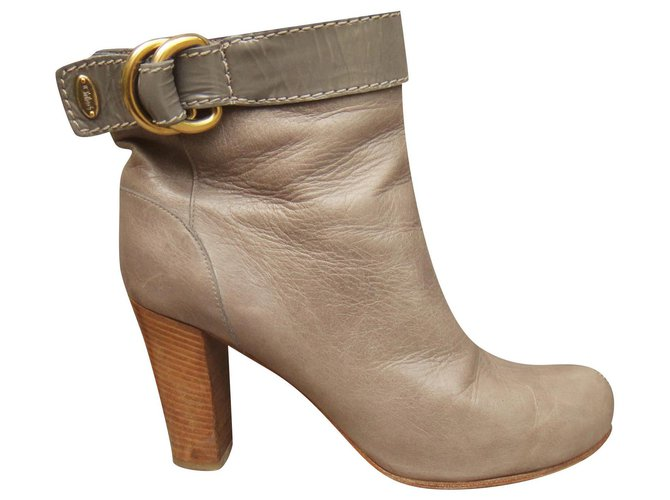 Chloé Chloé ankle boots 38 Ankle Boots Leather Taupe ref.162599