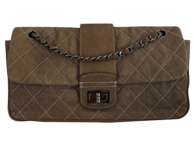 Sacs à main Chanel Chanel Cuir Beige ref.163547