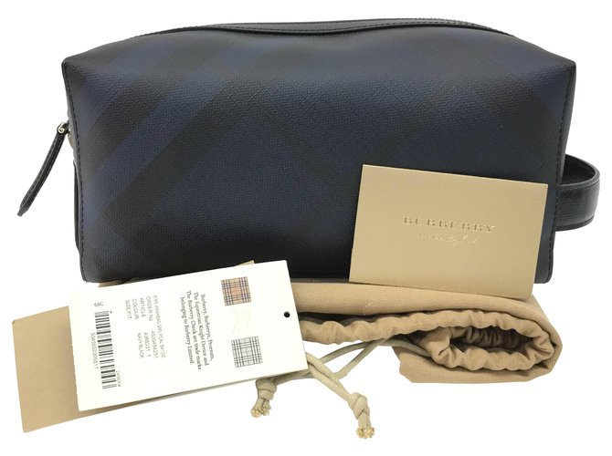 Burberry Burberry clutch bag Misc Leather Black ref.163730