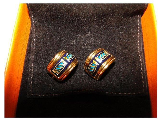 Boucles d'oreilles Hermès Clips d'oreilles HERMES émail et métal doré Métal Bleu foncé ref.164135