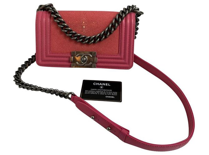 Chanel Chanel Handbags Exotic leather Pink ref.164416