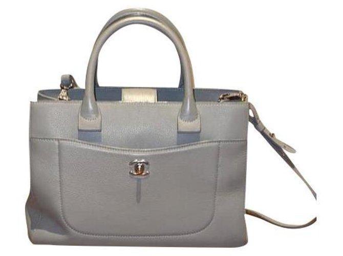 Executive Chanel Handbags Grey Leather  ref.164787