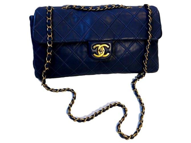 Sacs à main Chanel Chanel Cuir Bleu ref.165045