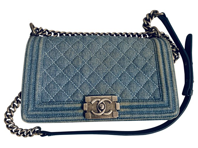 Sacs à main Chanel Sac Chanel BOY Medium Jean Bleu ref.165147