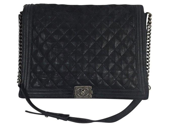 Sacs à main Chanel XL Maxi Boy Flap Bag w / box, Dust bag Cuir Bleu,Bleu Marine,Bleu foncé ref.165267