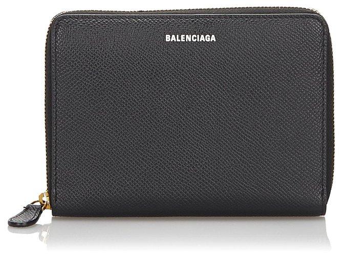 Décoration divers Balenciaga Portefeuille en cuir noir Balenciaga Cuir,Veau façon poulain Noir ref.165492