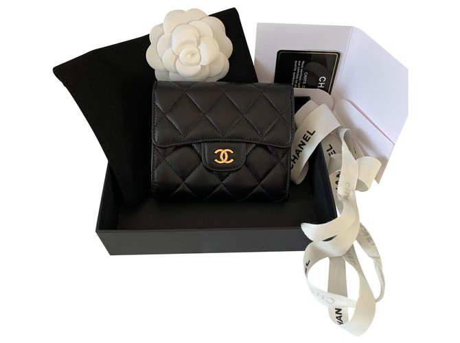 Chanel Chanel compact wallet Wallets Leather Black ref.165746