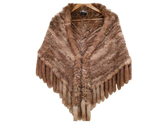 Yves Salomon Coats, Outerwear Coats, Outerwear Fur Beige ref.166048