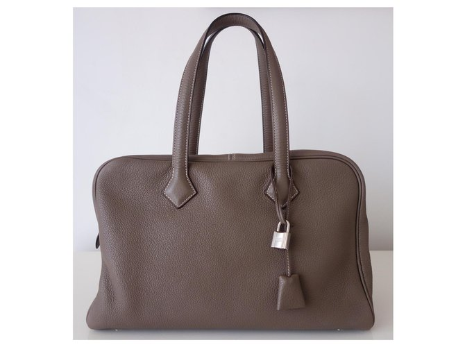 Hermès HERMES VICTORIA ETOUPE BAG Handbags Leather Taupe ref.167347