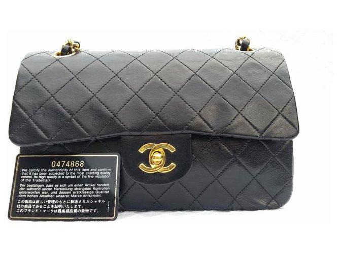 Sacs à main Chanel Classic Chanel Matelasse 2.55 sac à double rabat Cuir d'agneau Noir ref.168392