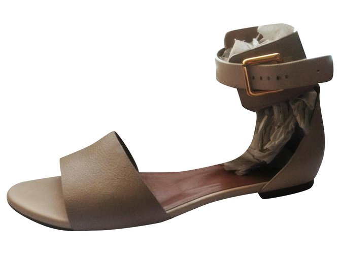 Chloé Chloé sandals in nude colors with adjustable belt closure in good condition Sandals Leather Beige,Cream,Taupe ref.168608