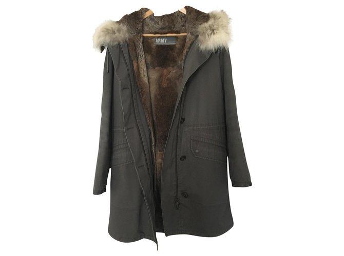 Yves Salomon Yves Salomon Coats, Outerwear Fur Khaki ref.168660