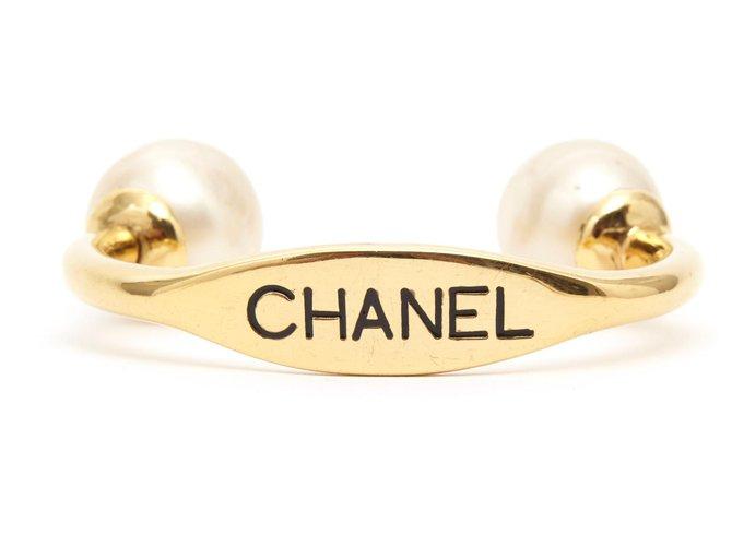 Chanel MEGA PEARLS CUFF Golden Metal  ref.168880