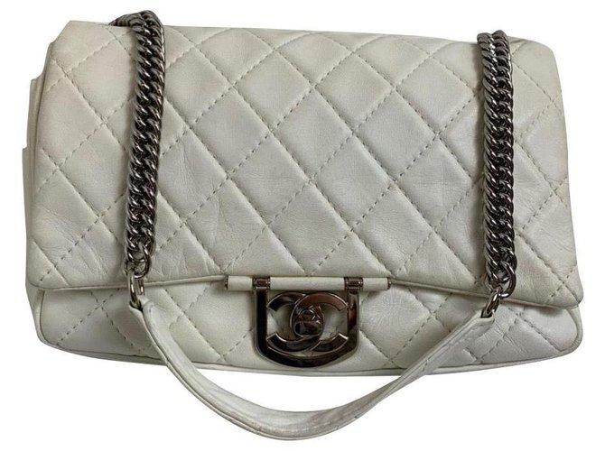 Sacs à main Chanel Chanel Cuir Blanc ref.169532
