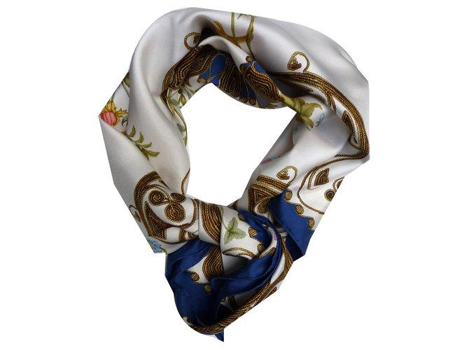 Hermès Arabesque square Multiple colors Silk  ref.171164