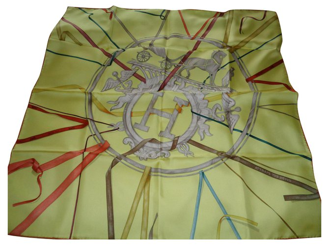Hermès Silk scarves Silk scarves Silk Yellow ref.173688