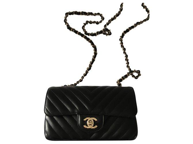 Sacs à main Chanel Mini volet classique rectangulaire Chanel Cuir d'agneau Noir ref.174267