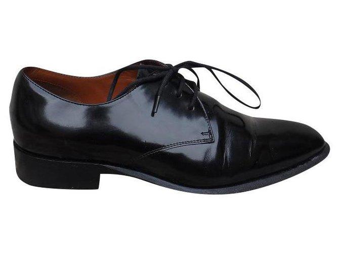 Céline Lace ups Lace ups Patent leather Black ref.174738