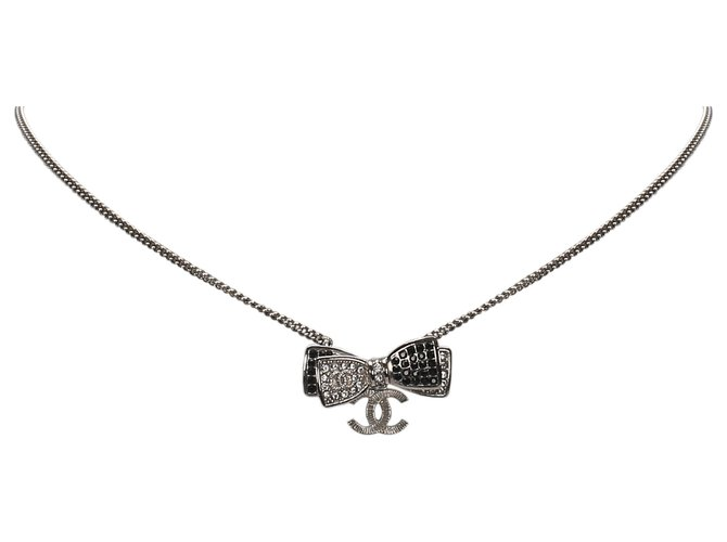 Chanel Chanel Silver Ribbon Rhinestone Necklace Misc Other,Metal Silvery ref.175129