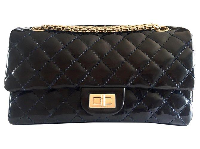 Sacs à main Chanel 2.55 Reissue Cuir vernis Bleu Marine ref.175310