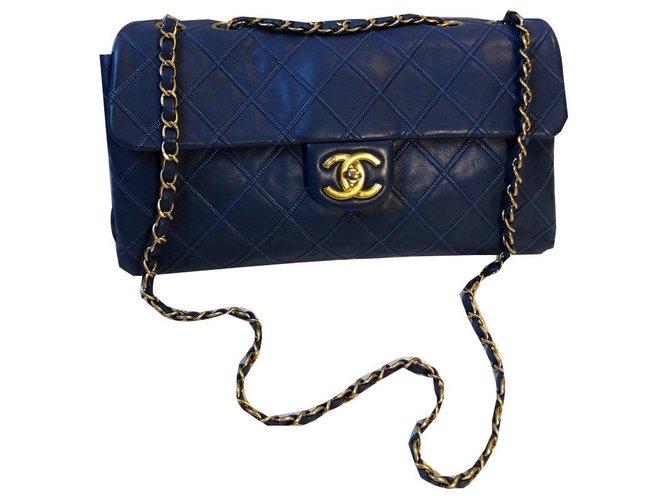 Sacs à main Chanel Chanel Cuir Bleu ref.175681