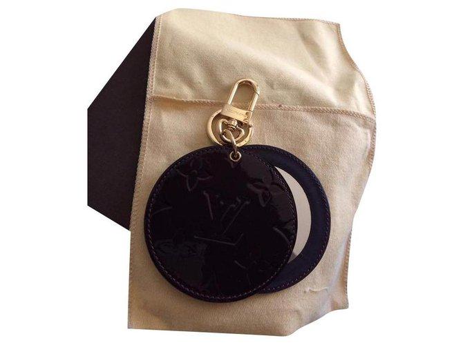 Bijoux de sac Louis Vuitton Charmes de sac Cuir vernis Autre ref.175743