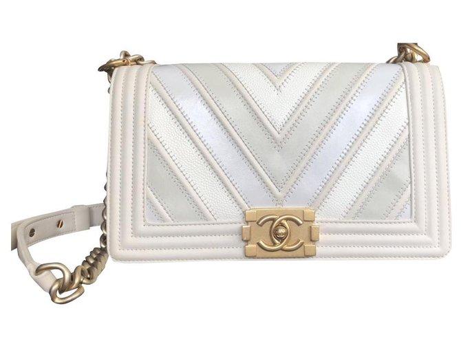 Chanel Chanel Boy Chevron Mix Medium Cream / White Bag from Chanel Spring-Summer Collection 2016 Handbags Leather White,Beige,Golden,Cream,Light blue ref.176363