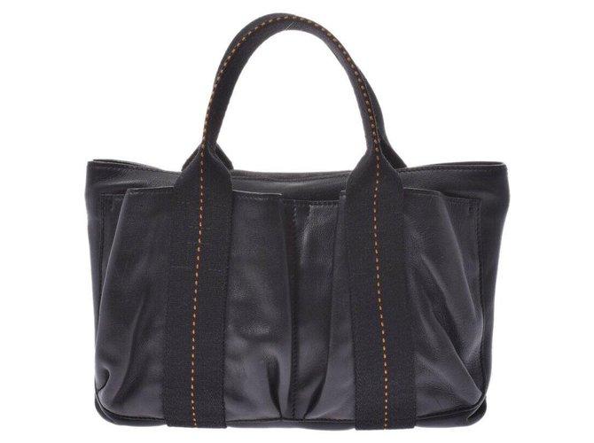 Hermès Hermès Caravan Horizontal PM Handbags Leather Black ref.177067