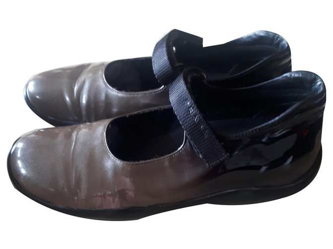 Prada Dancers Ballet flats Patent leather Other ref.177440
