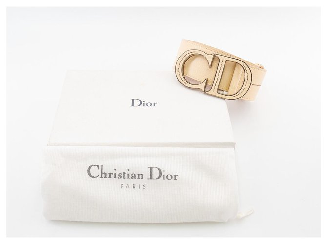 """Dior Dior CD belt in ivory grained leather with iconic """"CD"""" buckle Belts Leather Beige ref.177753"""