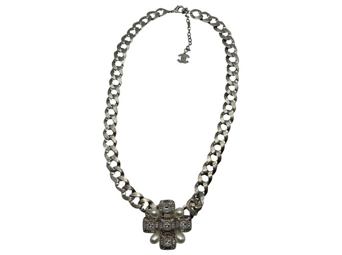 Chanel Necklaces Silvery Metal  ref.177814