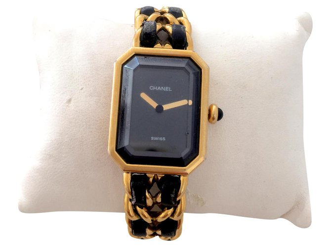 Chanel Fine watches Fine watches Gold-plated Black ref.179859