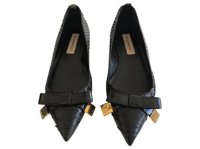 Burberry Python skin flats Flats Exotic leather Black ref.180081