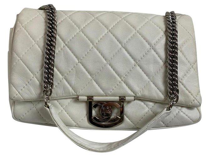 Sacs à main Chanel Chanel Cuir Blanc ref.180124