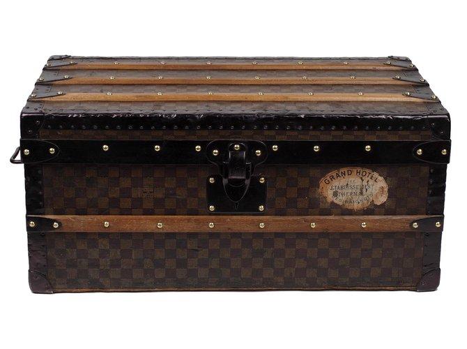 Louis Vuitton Superb Louis Vuitton Cabin trunk in checkered canvas stencil, CIRCA 1900 Misc Cloth,Wood Brown ref.180146