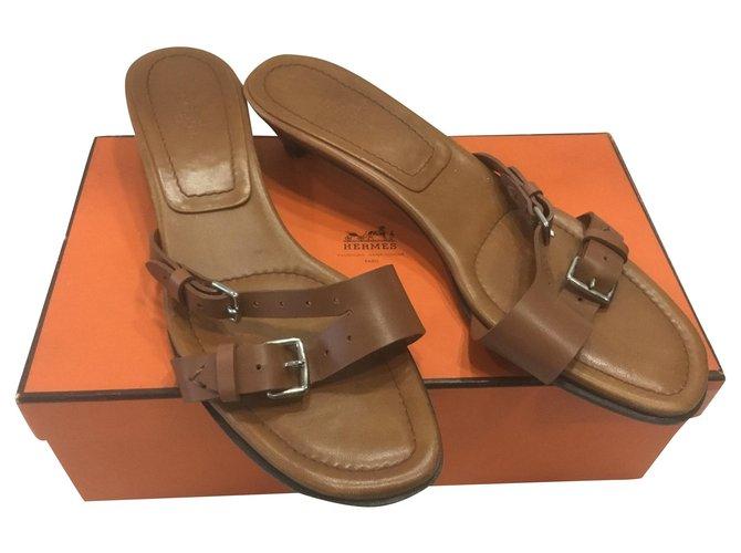 Hermès Ciabatta Sandals Leather Caramel ref.181533