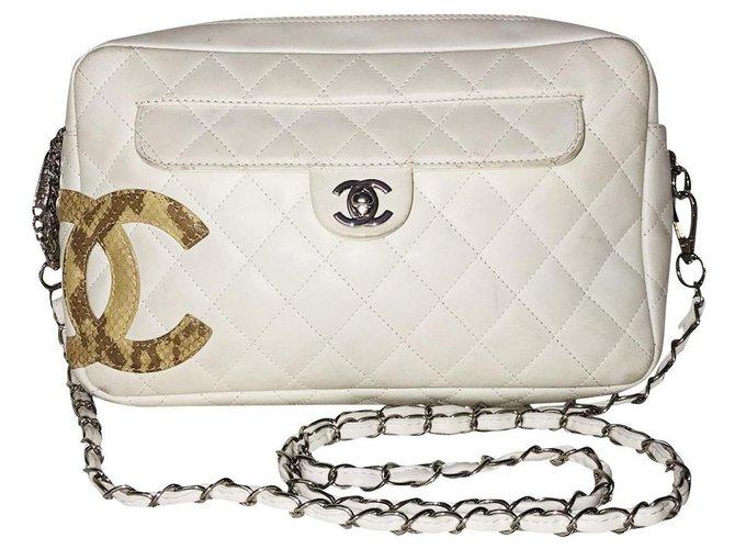 Sacs à main Chanel Camera Cambon Cuir d'agneau Blanc ref.182201